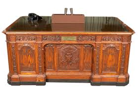 White House Oval Office Desk Replica Of The Hms Resolute Desk Mo 79 242 F Kennedy
