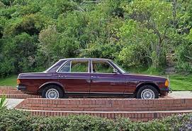 mercedes benz 250 w 123 1981 paint color oriental red 501