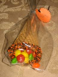 thanksgiving table favors what to do with left over halloween candy