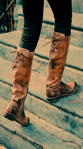 womens boots distressed leather what are these boots and where can i find them things to wear