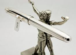 Silver Desk Accessories by Signum Fountain Pen In Sterling Silver 250 00 On A Jac Zagoory