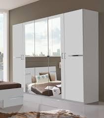 armoire chambre blanche armoire design 5 portes 225 cm blanc alpin chrome brillant