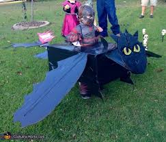 toothless costume hiccup and toothless diy costume photo 2 5