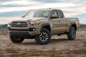 2016 toyota tacoma first look