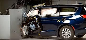lexus es iihs iihs releases top safety picks for 2017 drivingsales news