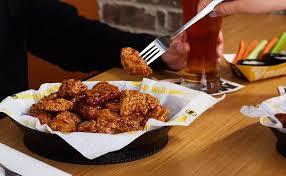 buffalo wings 16 big restaurants open on day