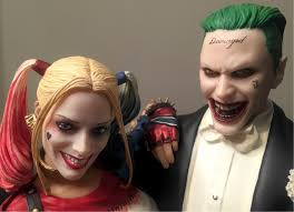 dc collectibles squad harley quinn and joker statue