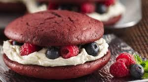 red velvet whoopie pies recipe bettycrocker com