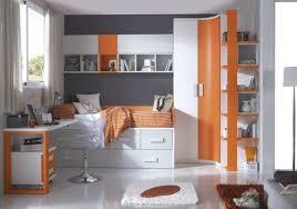 les chambre des garcon 40 idées pour une chambre d enfant peinte en couleurs vives