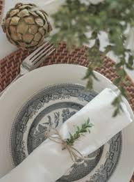 how to set a simple holiday table u2014refreshed designs
