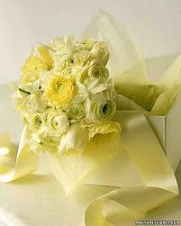 Flowers For Wedding Tulip Wedding Bouquets Martha Stewart Weddings