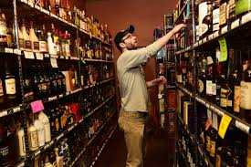 is this the year sunday liquor sales ban ends minnesota house
