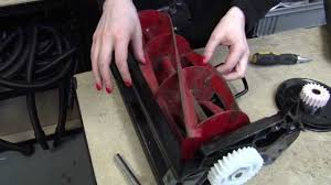how to replace a qualcast gear on a classic petrol 35s lawnmower
