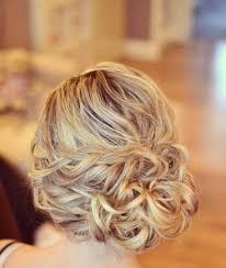Hochsteckfrisuren Hochzeit Locker by Haarsträhne Drehen Zwirbeln Haar Knoten Locker Aufstecken