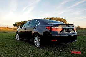 lexus es vs avalon 2015 lexus es 300h first impression the fast lane car