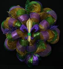 mardi gras mesh last one in this style mardi gras wreath poly deco mesh front