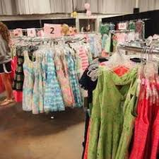 lilly pulitzer warehouse sale eight tips for shopping lilly pulitzer s warehouse sale
