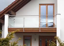 edelstahl balkon mit glas stahlbau schlosserei und schmiede leippert in engstingen