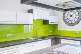 plan de travail cuisine en verre crédence cuisine verre ou inox découpe sur mesure et personnalisée