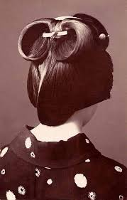 Geisha Hairstyles The 25 Best Geisha Hair Ideas On Pinterest Geisha Makeup
