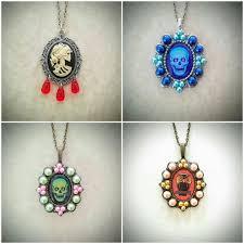jewelry shewalkssoftly