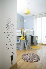 chambre b b jaune chambre bébé jaune et gris galerie et deco chambre bebe jaune et des