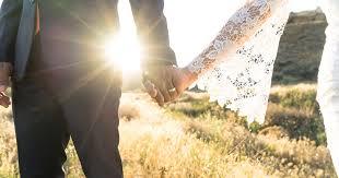 wedding photos 19 ways to save on a wedding nerdwallet