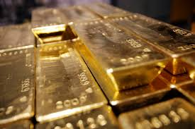 a gold fund looking to hedge against a strong dollar
