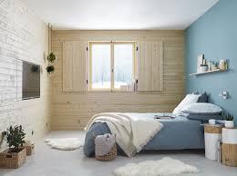 chambre cocoon chambre cocoon à l esprit scandinave avec les murs en bois clair