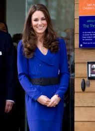 kate middleton wears mother u0027s dress for first public speech