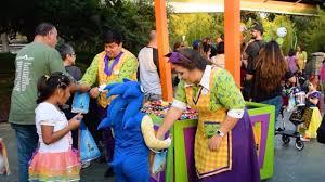 trick or treat trails at mickey u0027s halloween party 2017 disneyland