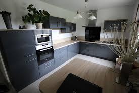 cuisine mur bleu cuisine gris et bleu cheap design retro bistro toulon couleur