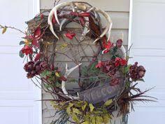 20 creative wreath ideas for wreaths antlers