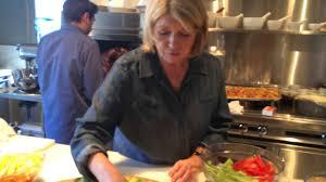 martha stewart thanksgiving from martha u0027s kitchen what makes thanksgiving martha stewart