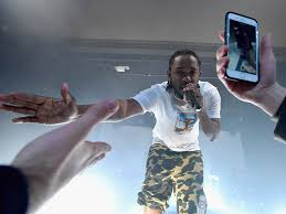kendrick lamar house and cars kendrick lamar u0027s secret brooklyn show photos business insider
