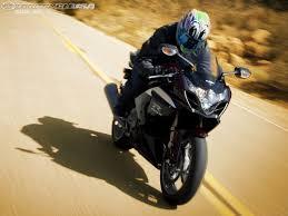 suzuki gsx r1000 back wallpapers 2009 suzuki gsxr 1000 comparison street motorcycle usa