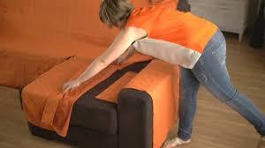 recouvrir canapé tissu comment refaire un canap en tissu