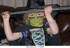 5 Costumes Halloween Witches Costume Halloween Stock Photos U0026 Witches