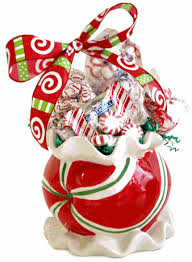 where to buy candy best christmas candy gift boxes baskets candy crate buy candy