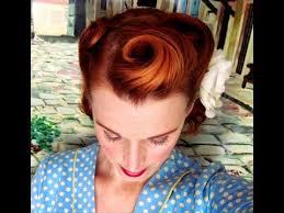 1940s bandana hairstyles victory rolls on short bobbed hair 1940 s reverse rolls