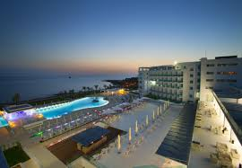 evelthon beach hotel and resort paphos