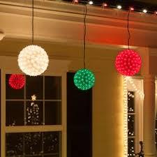hanging christmas lights how to hang christmas lights the easy way hanging christmas
