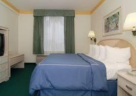 Comfort Suites Maingate East Photos Of Kid Friendly Hotel Comfort Suites Maingate East