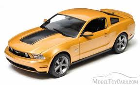 Yellow Mustang With Black Stripes 2010 Ford Mustang Gt Sunset Gold Metallic W Black Stripes