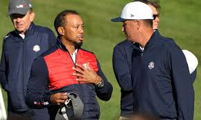 Tiger Woods Tiger Woods Tried To Sneak Into Team Usa U0027s Ryder Cup Photo And Got