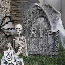 Funny Outdoor Halloween Decorations by 375 Halloween Decorations Scary Indoor U0026 Outdoor Halloween Decor