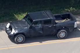 2018 jeep wrangler spy shots new 2019 jeep wrangler u0027jt u0027 pick up truck spotted by car magazine