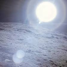 what does the sun look like from the moon quora