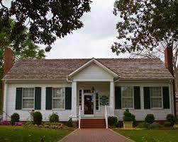 Alabama Travel Home images See alabama helen keller 39 s birthplace tuscumbia photos video jpg