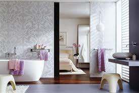 edle badezimmer für wellness fans kombinierte schlaf und badezimmer schöner